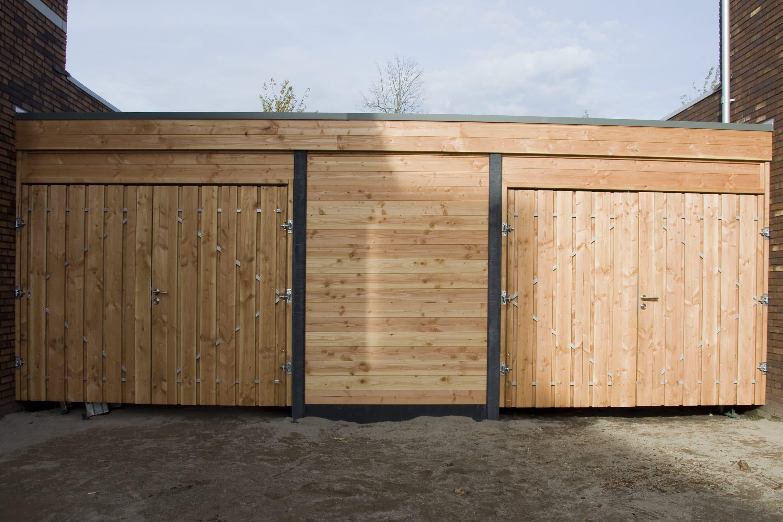 Carport met 2x dubbele poort