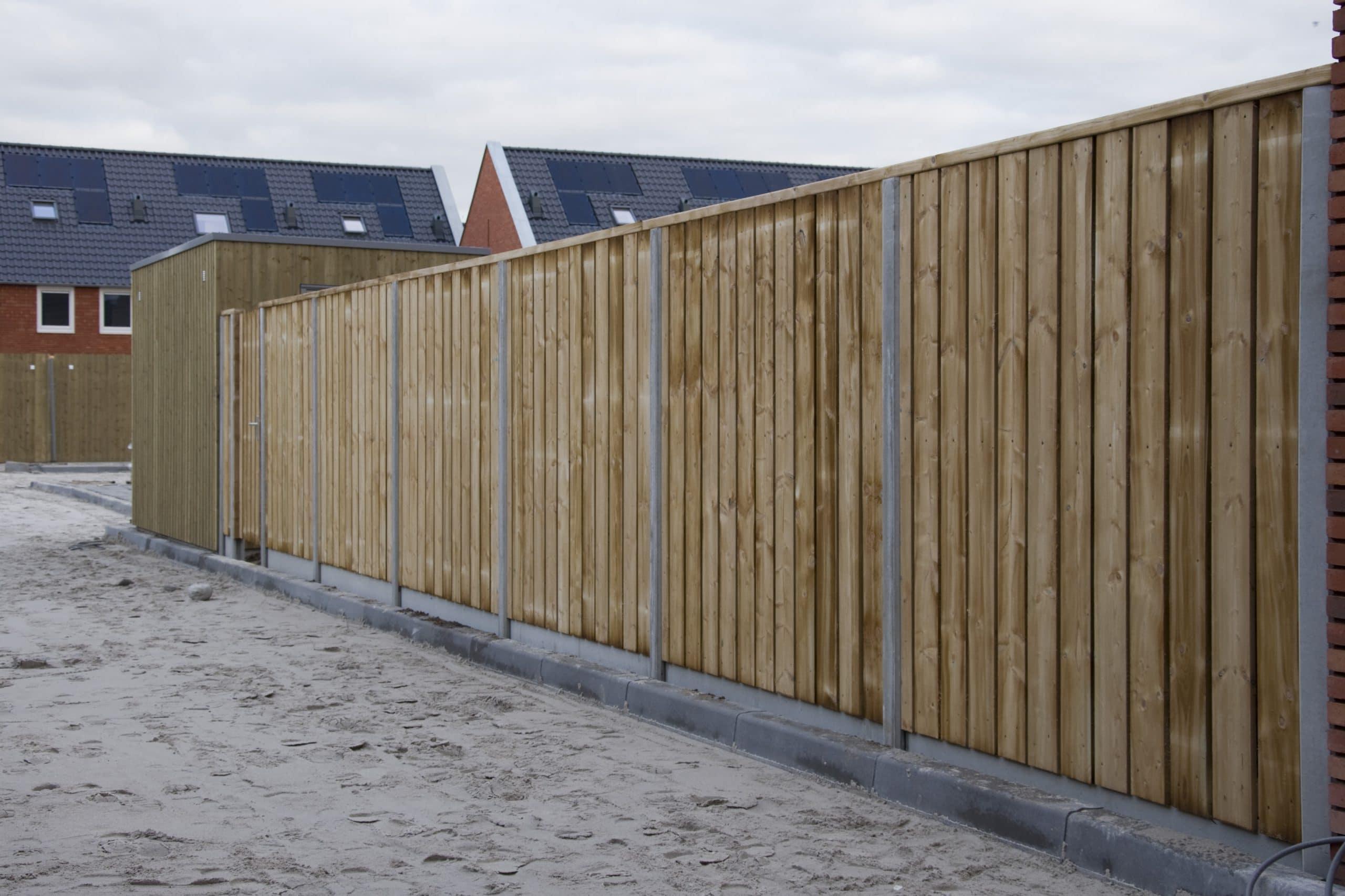 Geplaatste schutting grenen te Tilburg